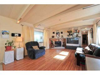 Photo 3: 18 8560 156 STREET in Surrey: Fleetwood Tynehead Manufactured Home for sale : MLS®# R2042111