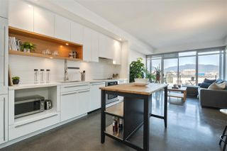"""Photo 4: 514 256 E 2ND Avenue in Vancouver: Mount Pleasant VE Condo for sale in """"The Jacobsen"""" (Vancouver East)  : MLS®# R2412612"""