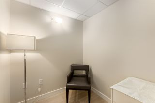 """Photo 14: 1905 1221 BIDWELL Street in Vancouver: West End VW Condo for sale in """"Alexandra"""" (Vancouver West)  : MLS®# R2415901"""