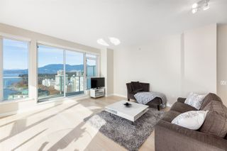 """Photo 6: 1905 1221 BIDWELL Street in Vancouver: West End VW Condo for sale in """"Alexandra"""" (Vancouver West)  : MLS®# R2415901"""
