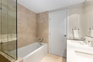 """Photo 11: 1905 1221 BIDWELL Street in Vancouver: West End VW Condo for sale in """"Alexandra"""" (Vancouver West)  : MLS®# R2415901"""
