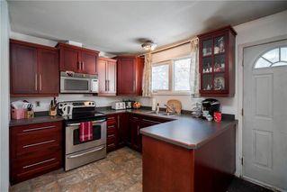 Photo 2: 15 Berwyn Bay in Winnipeg: West Transcona Residential for sale (3L)  : MLS®# 1931170