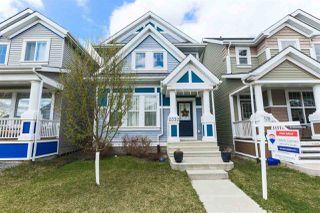 Photo 2: 2332 71 Street in Edmonton: Zone 53 House for sale : MLS®# E4190850