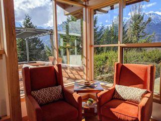 "Photo 6: 40269 AYR Drive in Squamish: Garibaldi Highlands House for sale in ""GARIBALDI HIGHLANDS"" : MLS®# R2444243"