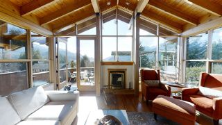 "Photo 2: 40269 AYR Drive in Squamish: Garibaldi Highlands House for sale in ""GARIBALDI HIGHLANDS"" : MLS®# R2444243"