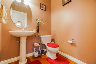 "Photo 5: 6955 196A Street in Langley: Willoughby Heights House for sale in ""Camden Park"" : MLS®# R2446076"