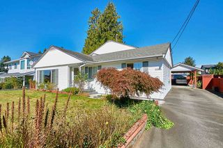 Photo 1: 20365 116 Avenue in Maple Ridge: Southwest Maple Ridge House for sale : MLS®# R2516825