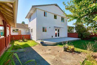 Photo 2: 20365 116 Avenue in Maple Ridge: Southwest Maple Ridge House for sale : MLS®# R2516825