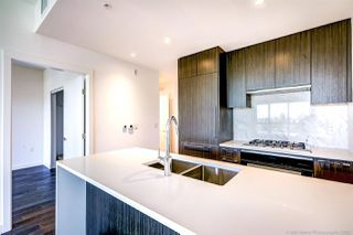 "Photo 8: 405 5383 CAMBIE Street in Vancouver: Cambie Condo for sale in ""HENRY"" (Vancouver West)  : MLS®# R2525694"