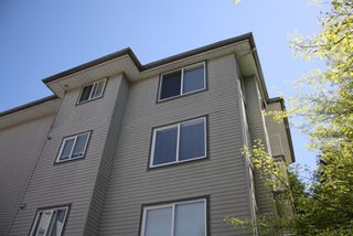 Photo 8: 307 33407 TESSARO Crescent in Abbotsford: Central Abbotsford Condo for sale : MLS®# F1212131
