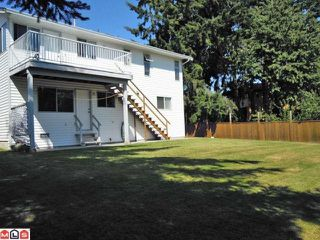 """Photo 3: 15978 19A Avenue in Surrey: King George Corridor House for sale in """"Sunnyside"""" (South Surrey White Rock)  : MLS®# F1220651"""