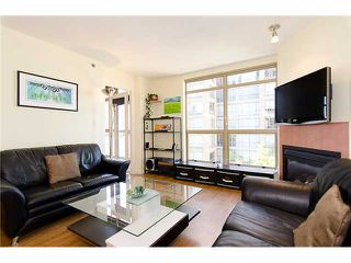 Photo 2: 908 819 HAMILTON Street in Vancouver: Downtown VW Condo for sale (Vancouver West)  : MLS®# V974906