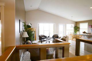 Photo 4: 415 Calderon Cr NW: Edmonton House for sale