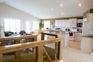 Photo 5: 415 Calderon Cr NW: Edmonton House for sale