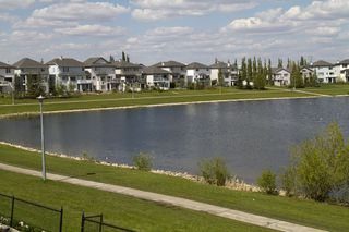Photo 23: 415 Calderon Cr NW: Edmonton House for sale
