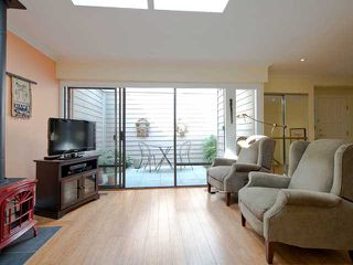 Photo 6: 22 4957 MARINE Drive in West Vancouver: Olde Caulfeild Townhouse for sale : MLS®# V999576