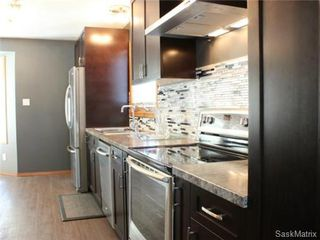 Photo 5: 502 Bronson Crescent in Saskatoon: Lakeridge Single Family Dwelling for sale (Saskatoon Area 01)  : MLS®# 469744