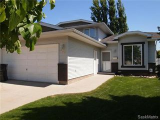 Photo 1: 502 Bronson Crescent in Saskatoon: Lakeridge Single Family Dwelling for sale (Saskatoon Area 01)  : MLS®# 469744