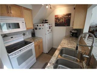 Photo 3: 19-1949 West 8th Ave in Vancouver: Kitsilano Condo for sale (Vancouver West)  : MLS®# V1016235