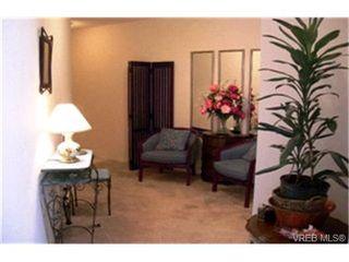 Photo 6:  in VICTORIA: SE Quadra Condo Apartment for sale (Saanich East)  : MLS®# 412213