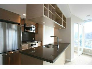 Photo 2: # 1109 833 SEYMOUR ST in Vancouver: Downtown VW Condo for sale (Vancouver West)  : MLS®# V1093469