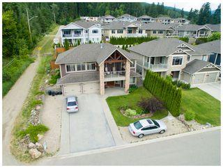Photo 1: 1020 Southwest 23 Avenue in Salmon Arm: The Ridge House for sale (SW Salmon Arm)  : MLS®# 10097166