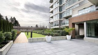 Photo 6: 701 3102 WINDSOR GATE in Coquitlam: New Horizons Condo for sale : MLS®# R2047926