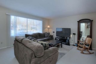Photo 6: 20 Linwood Crescent in St. Albert: House for lease