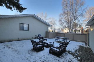 Photo 27: 20 Linwood Crescent in St. Albert: House for lease