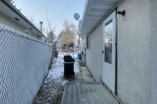 Photo 26: 20 Linwood Crescent in St. Albert: House for lease