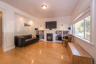 Photo 4: 4606 WINDSOR STREET in Vancouver: Fraser VE House for sale (Vancouver East)  : MLS®# R2092298