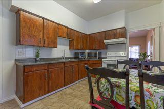Photo 5: 3658 TURNER STREET in Vancouver: Renfrew VE House for sale (Vancouver East)  : MLS®# R2047927