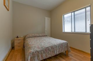 Photo 8: 3658 TURNER STREET in Vancouver: Renfrew VE House for sale (Vancouver East)  : MLS®# R2047927