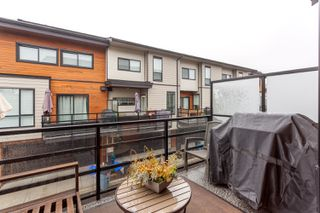 Photo 9: 32 15688 28 Avenue in South Surrey: Grandview Surrey Townhouse for sale (South Surrey White Rock)  : MLS®# R2235944