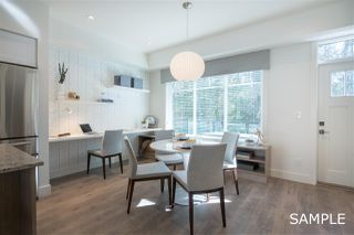 """Photo 5: 18 11188 72 Avenue in Delta: Sunshine Hills Woods Townhouse for sale in """"CHELSEA GATE"""" (N. Delta)  : MLS®# R2396591"""