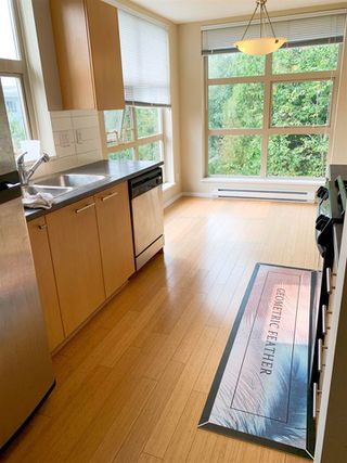 Photo 5: 309 9329 UNIVERSITY Crescent in Burnaby: Simon Fraser Univer. Condo for sale (Burnaby North)  : MLS®# R2499199