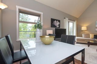 Photo 15: 302 2211 Shelbourne St in : Vi Jubilee Condo for sale (Victoria)  : MLS®# 856216