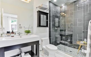 Photo 21: 206 Duplex Avenue in Toronto: Yonge-Eglinton House (2 1/2 Storey) for sale (Toronto C03)  : MLS®# C4934258