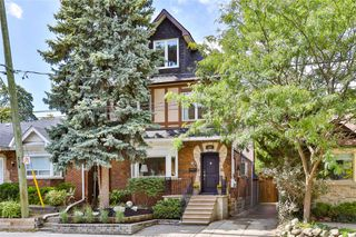 Photo 1: 206 Duplex Avenue in Toronto: Yonge-Eglinton House (2 1/2 Storey) for sale (Toronto C03)  : MLS®# C4934258