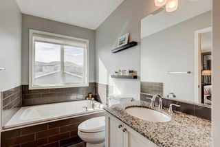 Photo 19: 345 NOLANFIELD Way NW in Calgary: Nolan Hill Detached for sale : MLS®# A1037738