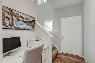 Photo 3: 345 NOLANFIELD Way NW in Calgary: Nolan Hill Detached for sale : MLS®# A1037738