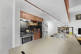 """Photo 3: 407 2891 E HASTINGS Street in Vancouver: Hastings Sunrise Condo for sale in """"Park Renfrew"""" (Vancouver East)  : MLS®# R2517995"""