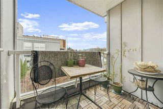 """Photo 12: 407 2891 E HASTINGS Street in Vancouver: Hastings Sunrise Condo for sale in """"Park Renfrew"""" (Vancouver East)  : MLS®# R2517995"""