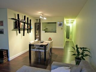 Photo 4: 106 925 15TH Ave W in Vancouver West: Fairview VW Home for sale ()  : MLS®# V867570