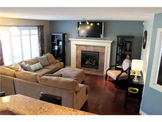 Photo 3: 36 WESTMOUNT Circle: Okotoks Residential Detached Single Family for sale : MLS®# C3581093