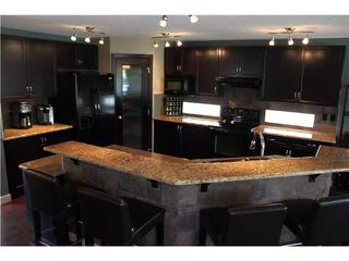 Photo 5: 36 WESTMOUNT Circle: Okotoks Residential Detached Single Family for sale : MLS®# C3581093