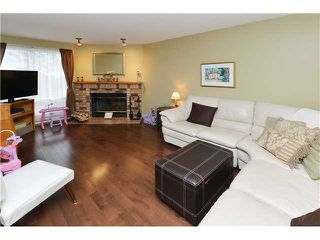Photo 4: 104 COACHWAY Lane SW in CALGARY: Coach Hill Townhouse for sale (Calgary)  : MLS®# C3634410