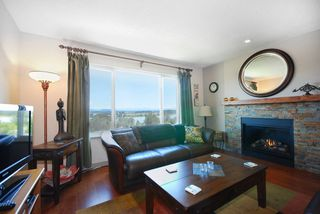 Photo 2: 120-1140 Castle Cres in Port Coquitlam: Citadel PQ Townhouse for sale