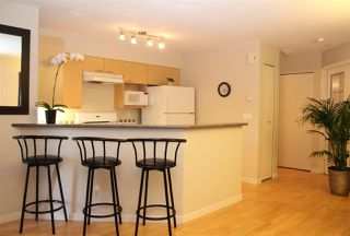 Photo 7: 686 W 7TH AVENUE in Vancouver: Fairview VW Townhouse for sale (Vancouver West)  : MLS®# R2100661