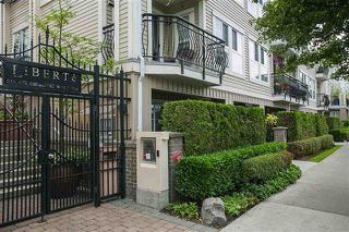Photo 2: 686 W 7TH AVENUE in Vancouver: Fairview VW Townhouse for sale (Vancouver West)  : MLS®# R2100661